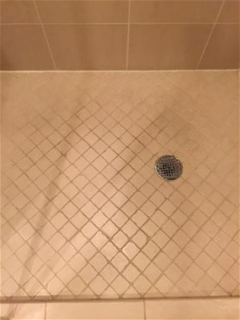 quot clean quot shower floor picture of signature at mgm grand