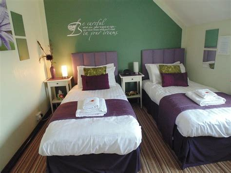 define ensuite room gables bed and breakfast crowmarsh gifford omd 246 och prisj 228 mf 246 relse