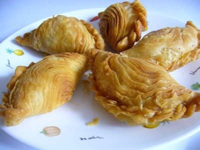 Layer Puff happy flour layer curry puff