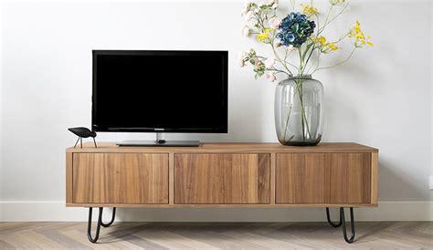 retro meubels opknappen ikea hack televisiemeubel pimpen met stalen pootjes