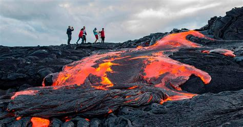 Ultimate Classic Lav Flo daring tourists hike up active volcano to get as as possible to the lava cetusnews