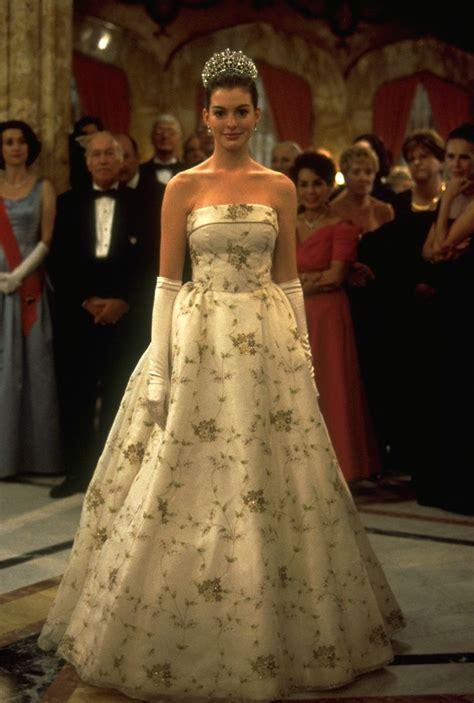 Genovia Dress 5 the princess diaries 2001 comedy family she rocks she she reigns