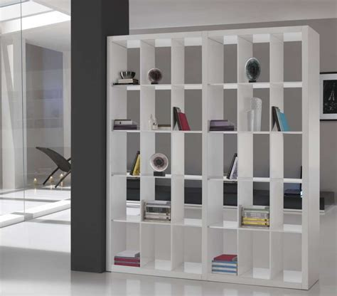 libreria divisoria bifacciale idee per interni piccoli foto design mag