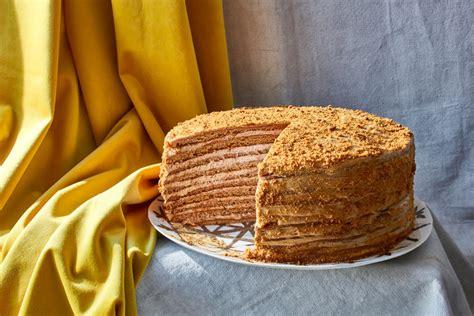 secrets  russian honey cake revealed   york
