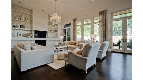 Swedish Homes Interiors by Loui Eriksson S Preston Hollow Manse Hits The Market With Wallpaper On The Ceiling Is He Going