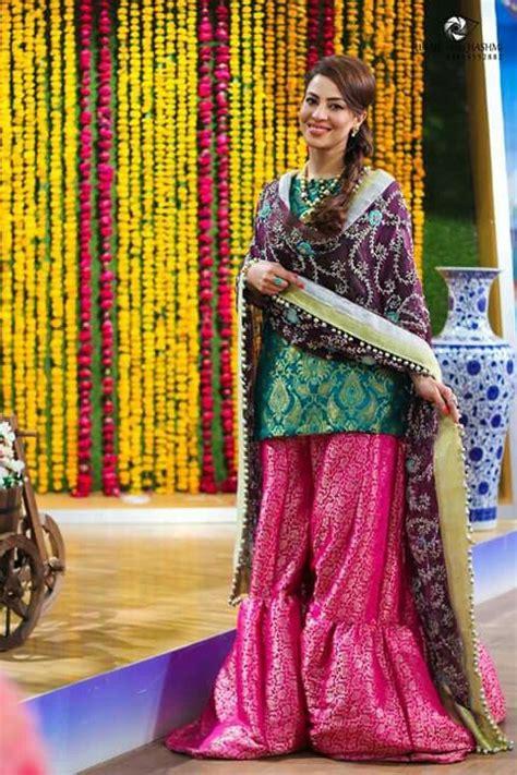 pin  aisha baig  morning show hosts dresses wedding