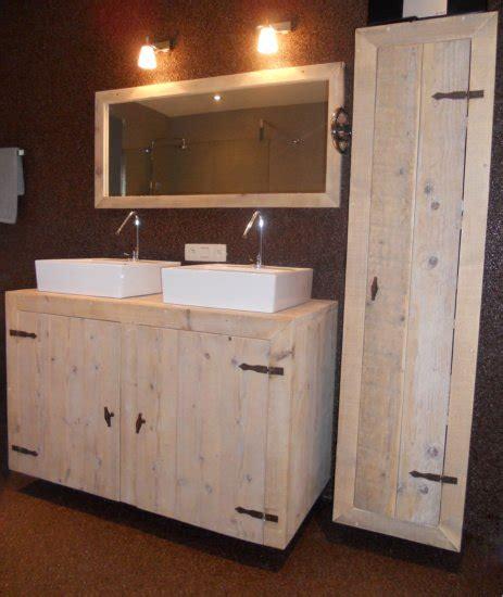 landelijke badkamermeubel tweedehands steigerhouten kastje badmeubel badkamermeubel steigerhout