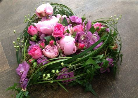 Best Flowers For Funeral by 80 Best Funeral Flower Arrangements Images On