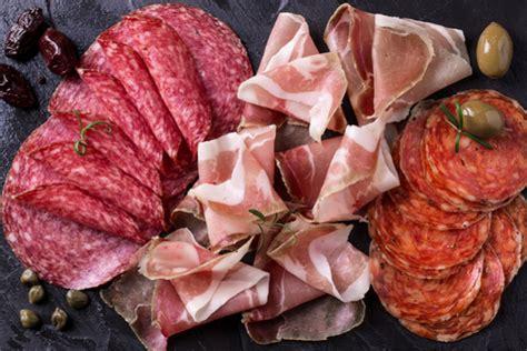 alimenti provocano meteorismo gonfiore addominale i cibi da evitare