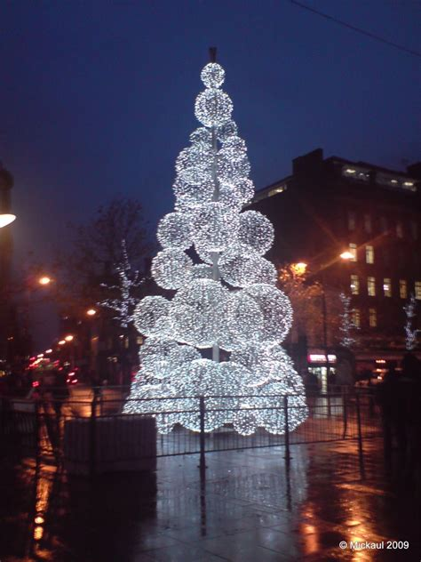 panoramio photo of christmas tree piccadilly gardens