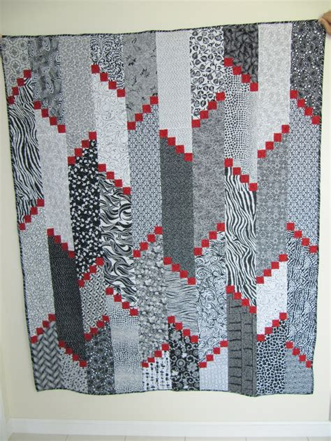 black and white quilt patterns for beginners 17 best images about black and white quilts on pinterest