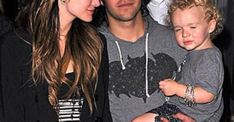 Pete Wentz Gets In Another Fight by Pete Wentz To Fight Ashlee For Custody Of