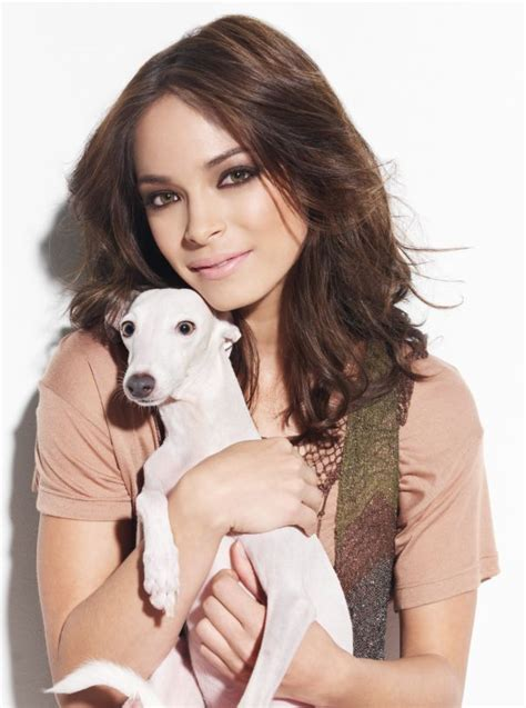 Kristin Kreuk In Cosmo Not A Photoshoot by 45 Best Kristin Kreuk Images On Smallville