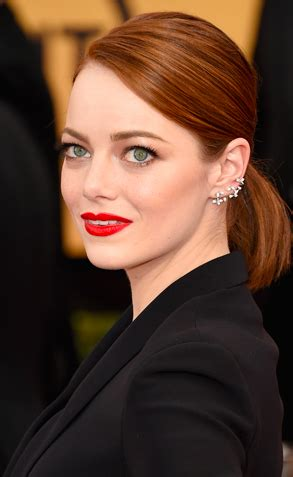 emma stone angled lob it s the reign of the lob according to sag award nominees