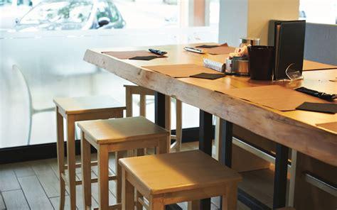 tavoli per sgabelli come scegliere tavoli e sedie per bar alcuni utili