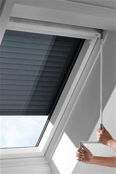 velux rollladen einbau velux kurbel rollladen scl wohndachfenster dachgauben