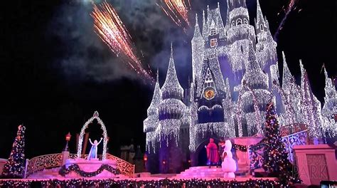 a frozen holiday wish 2014 cinderella castle christmas