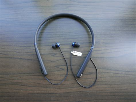 Sennheiser Cx 7 00bt Cx 7 00 Bt Hi Fi In Ear Wireless Headphones sennheiser cx 7 00bt 01 techgoondu techgoondu