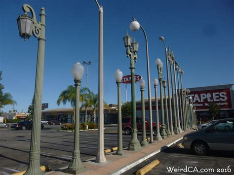 los angeles street lights vermonica weird nevada