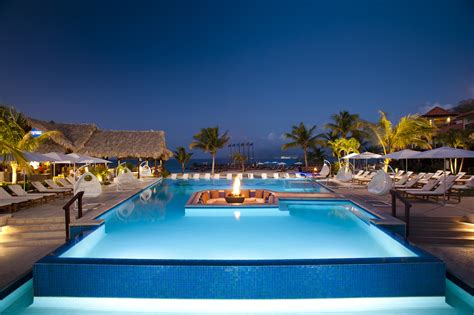 sandals beaches resorts fall into great savings with sandals beaches and grand