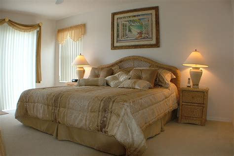 master bedroom beds westhaven florida villa rental 4 bedrooms 3 bathrooms pool and spa