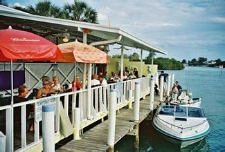 sunset bar grill boat launch pops sunset grill a little of old florida to go with your