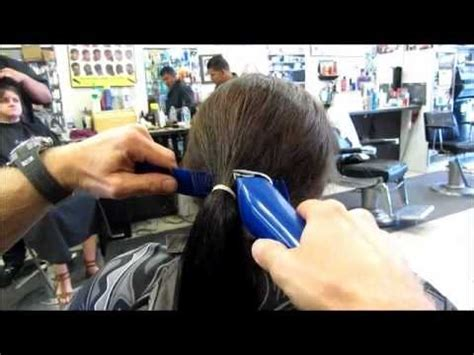 cut and inch off hair chop off 10 inch ponytail into graduated bob clipper
