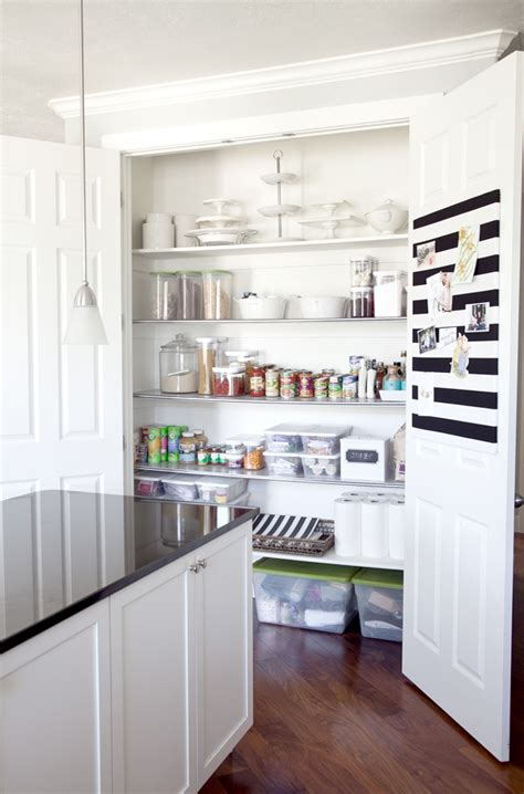 Ideas To Organize Pantry by 20 Kitchen Pantry Ideas To Organize Your Pantry
