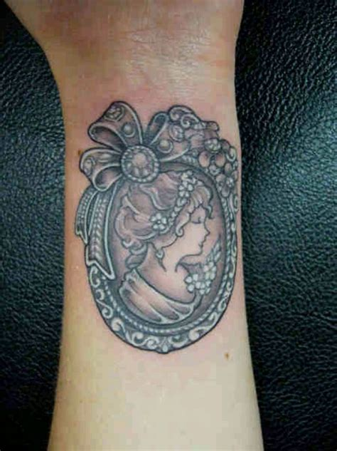 cameo tattoo lovely frame detailing ink pinterest