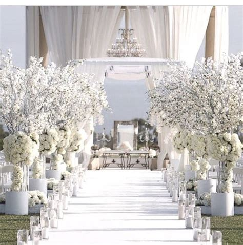 white themed wedding that will inspire your wedding ceremony weddceremony