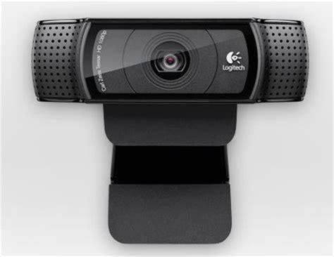 logitech hd pro webcam c920 offers 1080p skype chat
