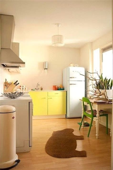 cheerful summer interiors 50 green and yellow kitchen cheerful summer interiors green yellow kitchen designs
