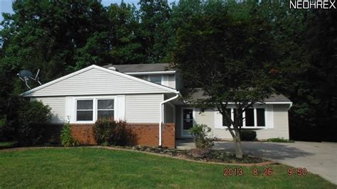15632 creekwood ln strongsville ohio 44136 foreclosed