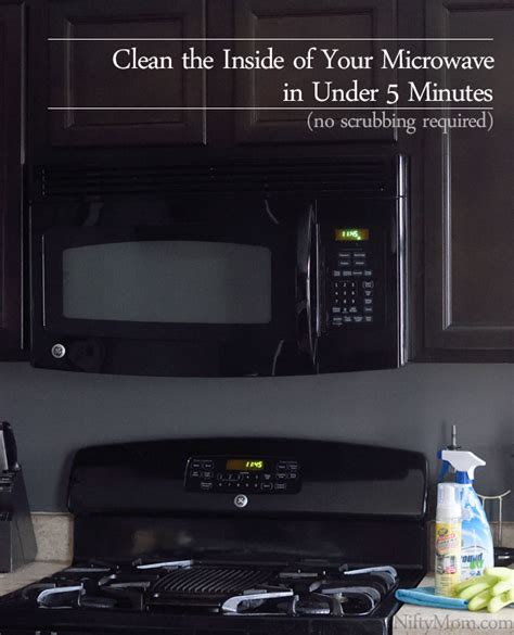 How To Clean Microwave Interior by How To Clean The Inside Of The Microwave In 5 Minutes