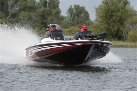 bass boat in rough water 2018 skeeter zx190 bass boat for sale