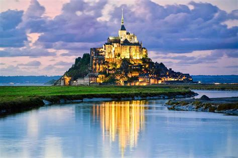 worlds   gorgeous castles easy planet travel
