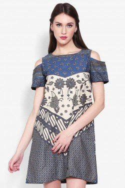 Batik Fashion Wanita Usab Zella Top Navy 1000 ideas about batik dress on kebaya fashion weeks and dress tops