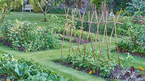 starten met een moestuin de tuin op tafel
