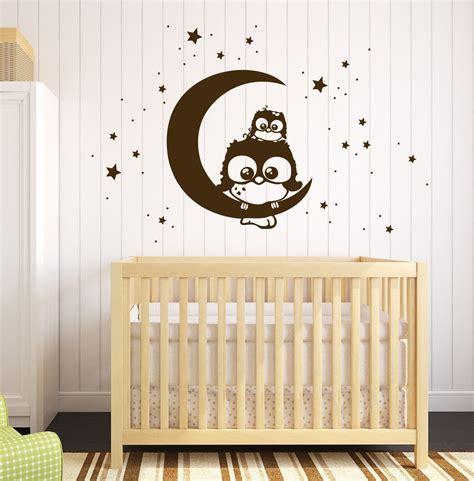 Wandtattoo Lebensbaum Kinderzimmer by Wandtattoo Eule Lotte Mit Baby Mo Auf Dem Mond M1175