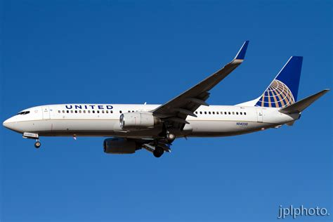 united baggage guest flight review united airlines doesn t live up to