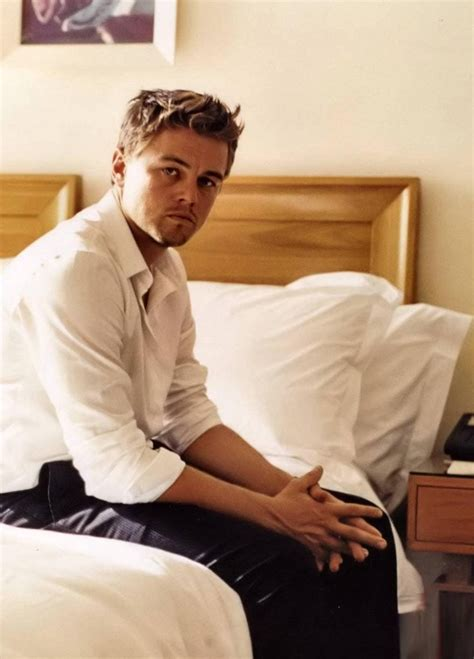leonardo dicaprio the biography review picture of leonardo dicaprio