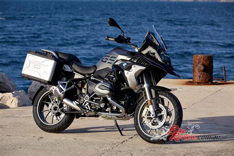 Motorrad Tyre Test 2017 by 2017 Bmw R 1200 Gs Unveiled At Eicma Bike Review