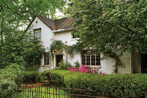 scottish inspired cottage decor page    cottage