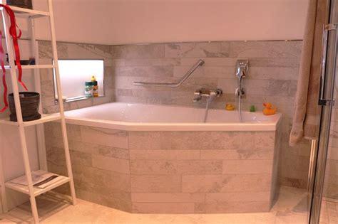 Wie Renoviere Ich Mein Bad by Die Besten 25 Nischenregal Ideen Auf Wc