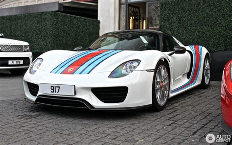 porsche spyder 918 porsche 918 spyder weissach package 4 june 2016 autogespot