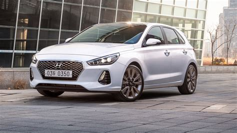 review of hyundai i30 2017 hyundai i30 review caradvice