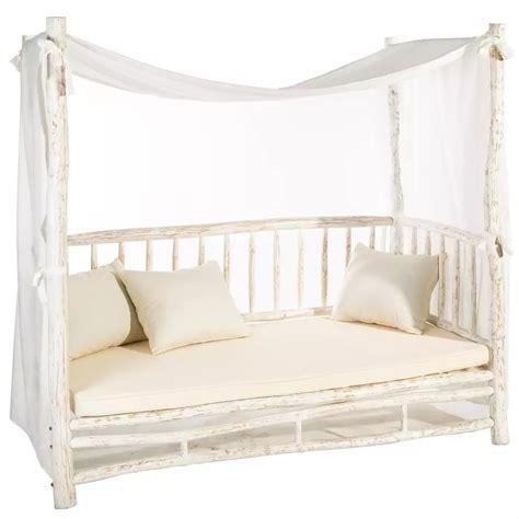 divano letto shabby chic divano letto shabby chic decapato divani provenzali etnici