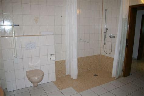 Behindertengerechte Badezimmerarmaturen by Haltegriffe F 252 R Badezimmer Surfinser