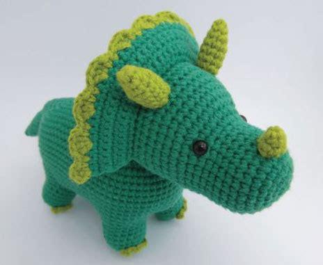 amigurumi dinosaur triceratops amigurumi free dinosaur crochet pattern