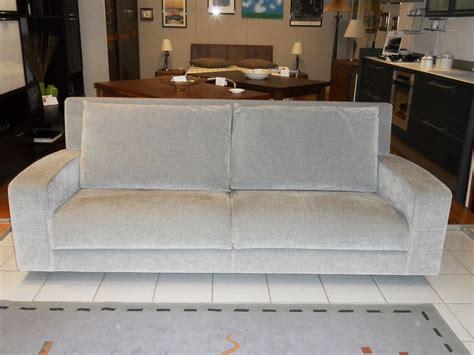 divano busnelli divano busnelli ozio scontato 53 divani a prezzi